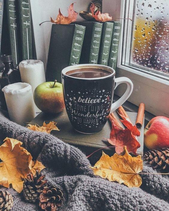 Jak ocieplić wnętrze na sezon jesienno – zimowy ? Dekoracje i dodatki
